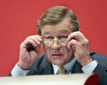 Un banquero europeo que se va, por fin