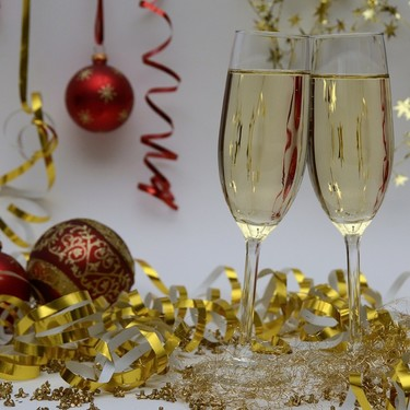 El alcohol en Navidad: qué bebida, cuánto y cómo consumirlo para no caer en excesos