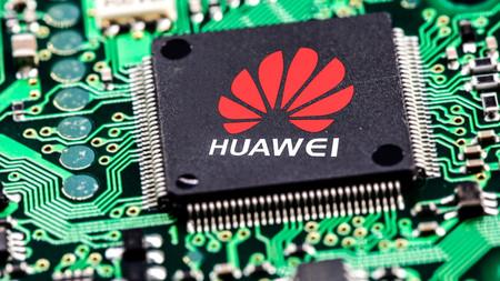 Huawei no podrá usar chips con tecnología estadounidense como parte del bloqueo de EEUU y ahora China amenaza con bloquear a Apple [Actualizado]