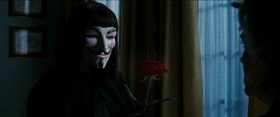 'V de Vendetta', aisladas explosiones de emoción