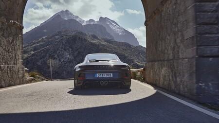 Porsche 911 Gt3 Touring 2021 013