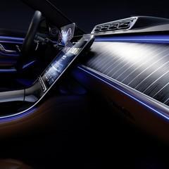 Foto 3 de 12 de la galería mercedes-benz-clase-s-2021-teaser-interior en Motorpasión