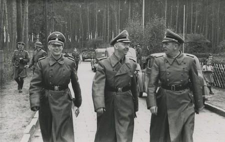 Himmler In Ss Truppenubungsplatz Heidelager