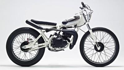 Yamaha DT50 MX Cocaine White, blanca y rápida