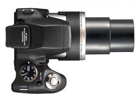 Olympus SP-590 Ultra Zoom, con 26 aumentos