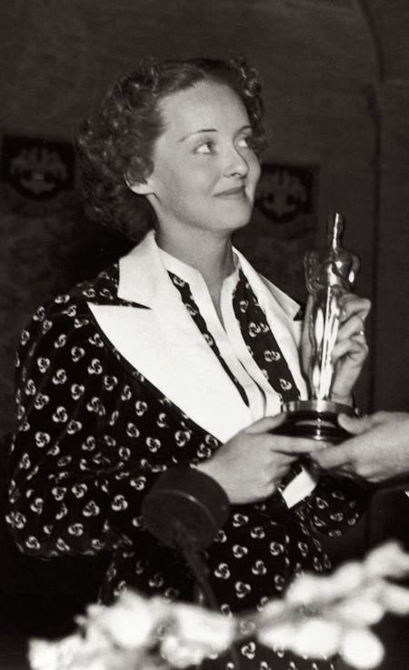 Bette Davis Oscar 1936