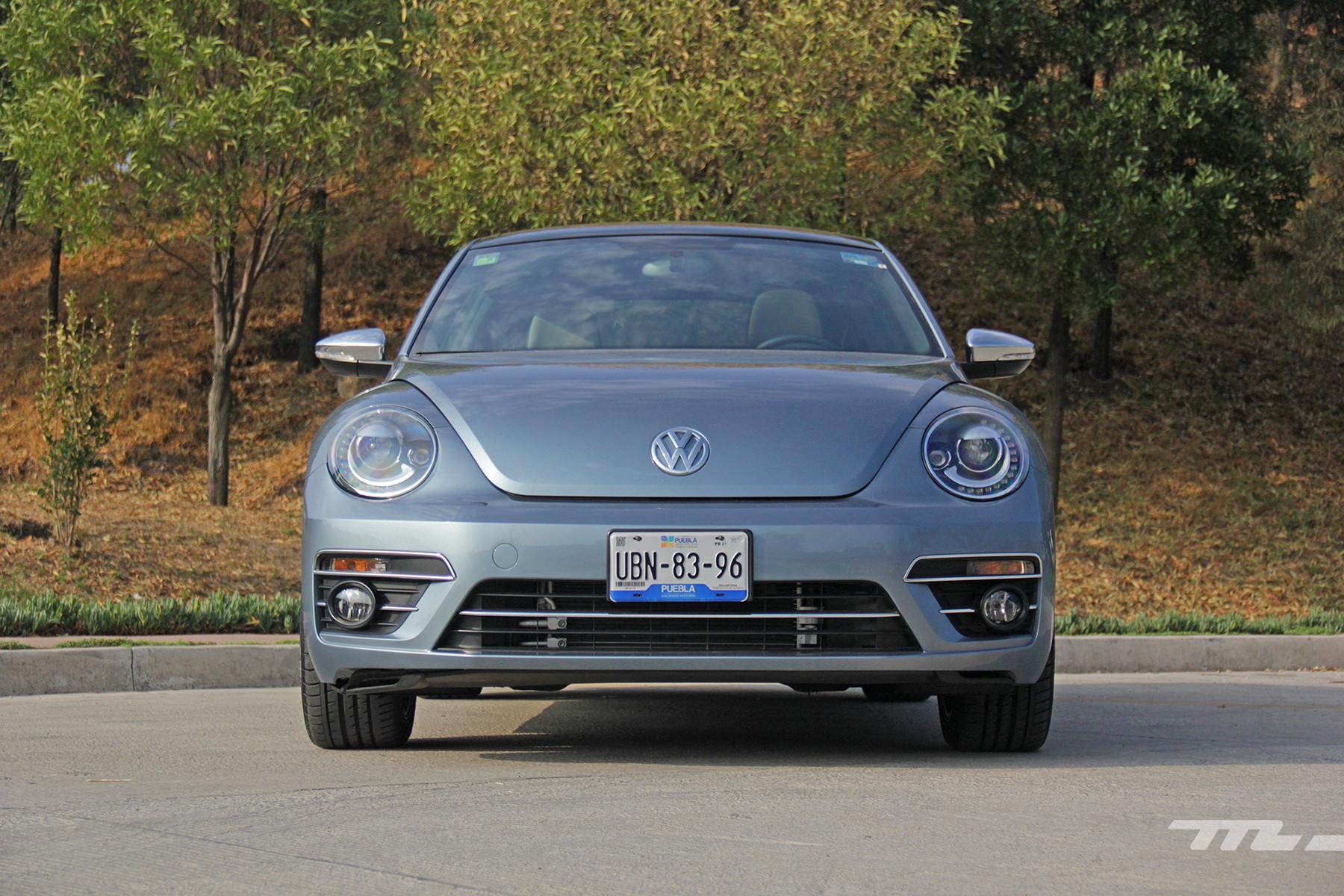 Foto de Volkswagen Beetle Final Edition 2019 prueba (23/25)