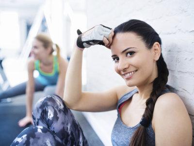 Cómo organizar tu semana en el gimnasio: comienza a entrenar ahora para el verano