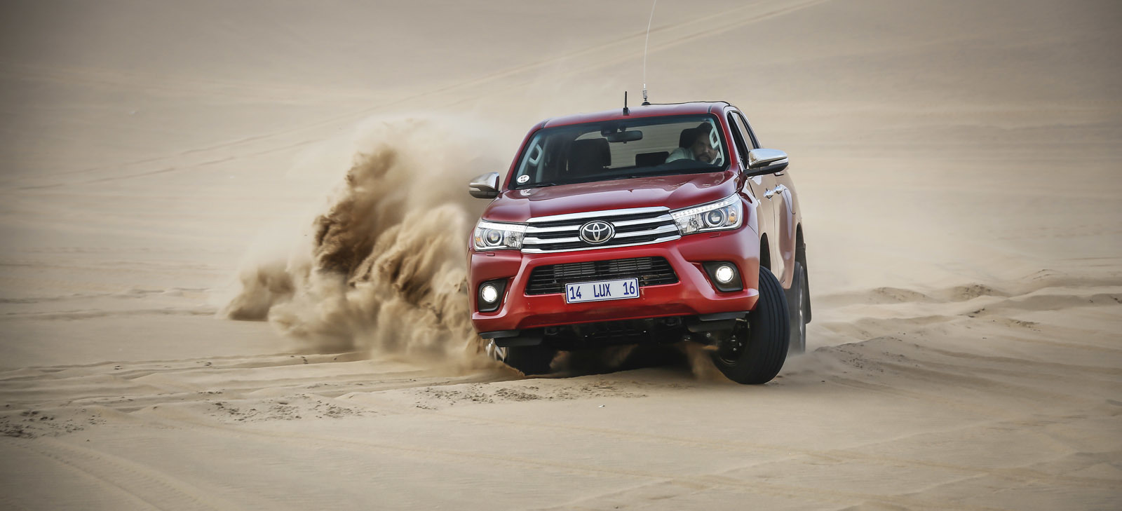Foto de Toyota Hilux 2016 Namibia (9/74)