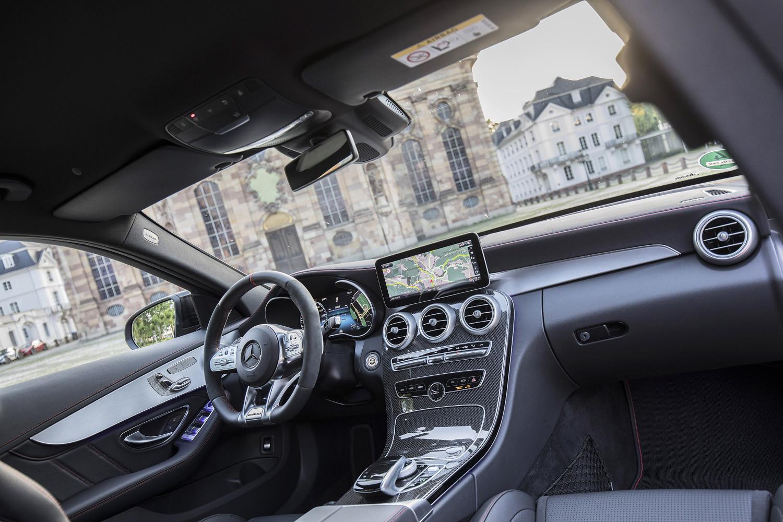 Foto de Mercedes-Benz Clase C 2018, toma de contacto (184/255)