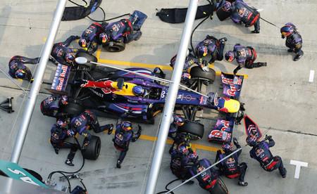 Los equipos serán sancionados por sus errores en los pit-stop