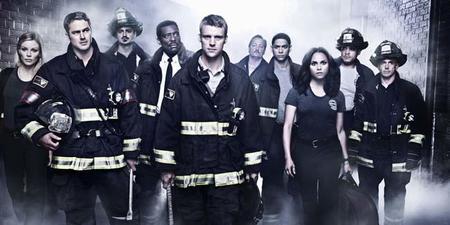 ¿Otro spin-off para 'Chicago Fire'? De bomberos, a policías y... médicos