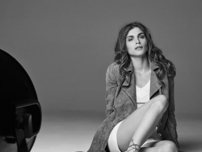 Elisa Sednaoui para Massimo Dutti o la elegancia perfecta de la sencillez