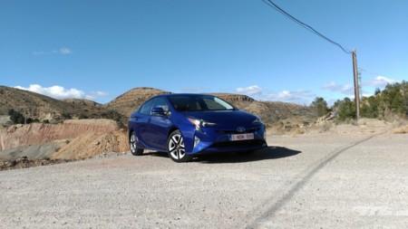 Toyota Prius 4G - contacto