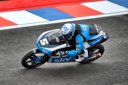 Bombazo en Moto3, Romano Fenati suspendido sin correr en Austria por mal comportamiento