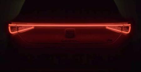 El SEAT León 2021 ya se asoma y anuncia su fecha de estreno con este teaser