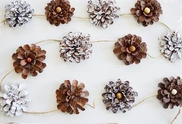 Hazlo tú mismo: guirnaldas hechas con piñas para decorar en otoño