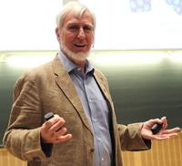 Así es John O'Keefe y por esto le han concedido Nobel de Medicina: el GPS del cerebro