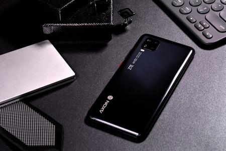 ZTE Axon 11 5G: un nuevo gama media con 5G, pantalla curva y cámara cuádruple