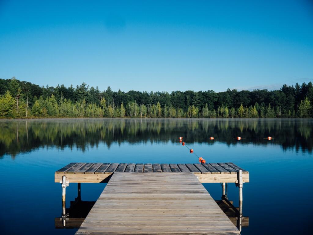 Recuperan un iPhone 11 del fondo de un lago tras seis meses y se enciende casi como si nada