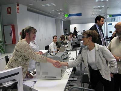 Nuevo varapalo a los funcionarios: se les congelará el sueldo en los Presupuestos de 2013