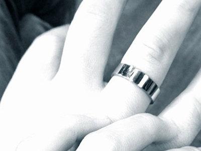 La cosa va de bodas: Anahí, Stana Katic y la próxima... ¡Amy Adams!