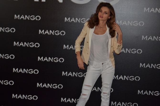 Foto de Miranda Kerr para Mango, rueda de prensa (13/16)