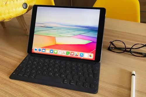 Cómo dejar la 'home' del iPad sin apps para que se parezca (un poquito más) a tu Mac