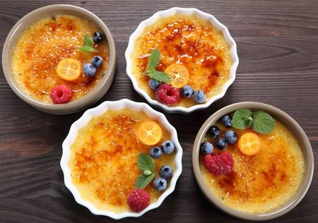 Cómo preparar Creeme Brulee. Receta fácil de postre. Foto: Kitchen Aid