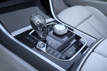 BMW M850i Cabrio Interior mandos