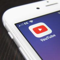 A minutos de que Apple presente su servicio de vídeo, YouTube se rinde y abandona el mercado
