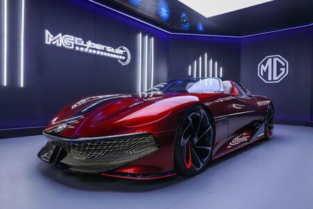 MG desvela las primeras imágenes oficiales del roadster eléctrico MG Cyberster