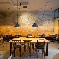 Messié, el restaurante especializado en alimentación sin gluten, estrena interiorismo en Barcelona