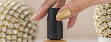Siete esmaltes dorados para que estas fiestas puedas hacerte las manicuras más chulas y luminosas