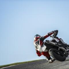 Foto 14 de 19 de la galería nicky-hayden-con-la-ducati-hypermotard en Motorpasion Moto