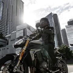 Foto 52 de 71 de la galería triumph-speed-triple-1200-rs-2021 en Motorpasion Moto
