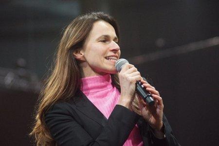 Una ministra contra Hadopi y el ACTA, que se llama Aurélie Filippetti