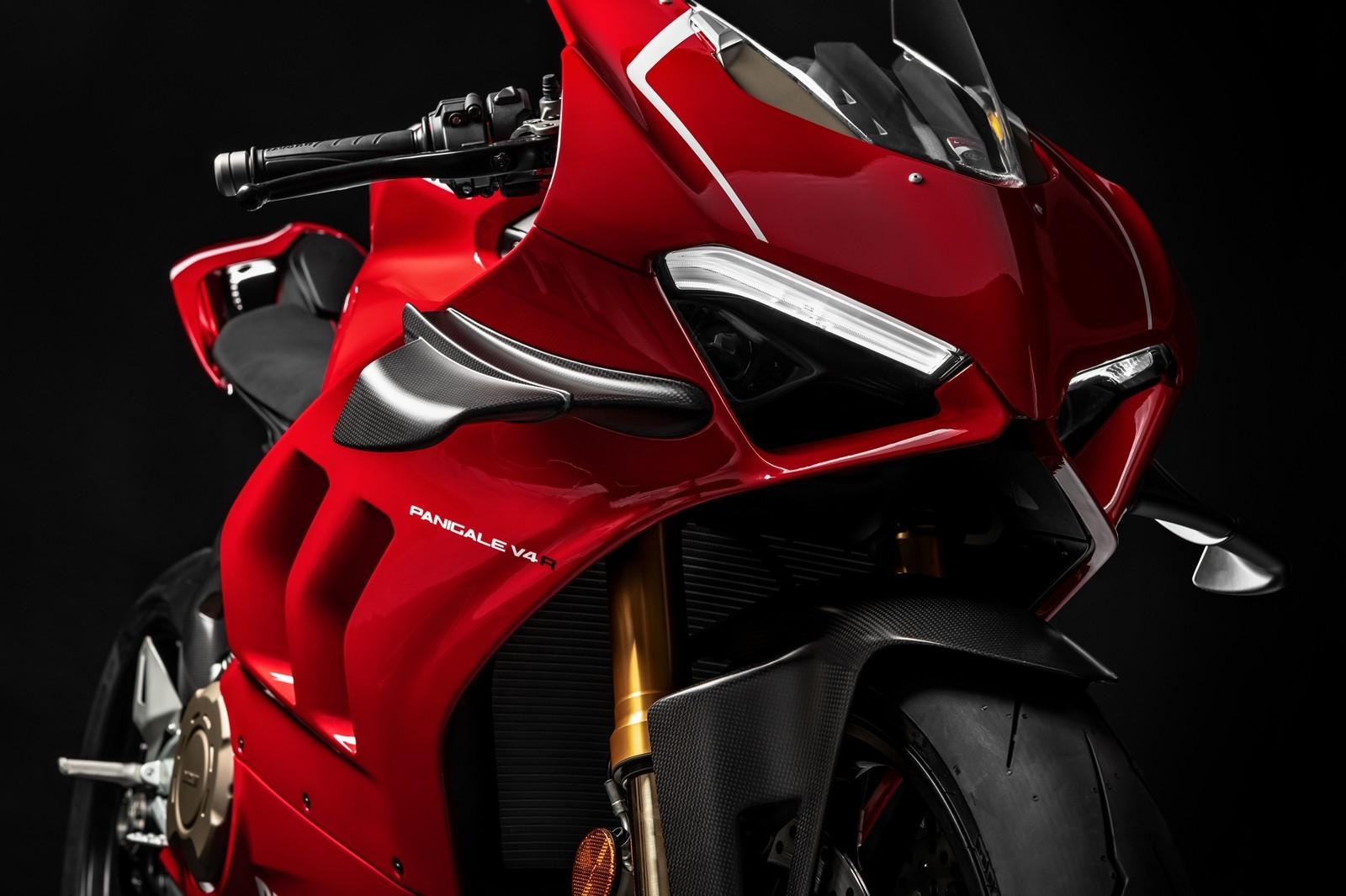 Foto de Ducati Panigale V4 R 2019 (65/87)