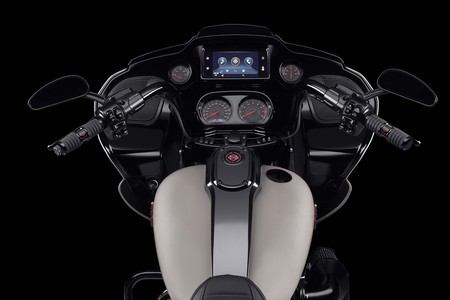 Harley Davidson Cvo Road Glide 2020 3