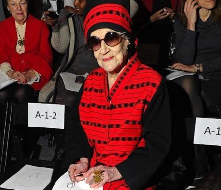Zelda Klapan se fue disfrutando de la moda