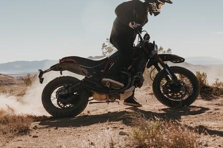 Ducati Scrambler Desert Sled Fasthouse 2021 008