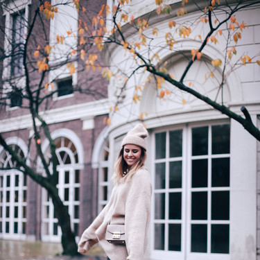Plántale cara al frío como Gigi Hadid y Sienna Miller con unas nuevas (y rebajadas) botas Ugg