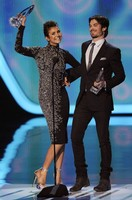 Ian Somerhalder y Nina Dobrev son unos <em>jachondos</em> en los People's Choice Awards 2014
