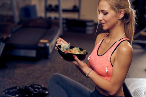 15 cenas saludables y completas para nutrirnos después de un entrenamiento intenso