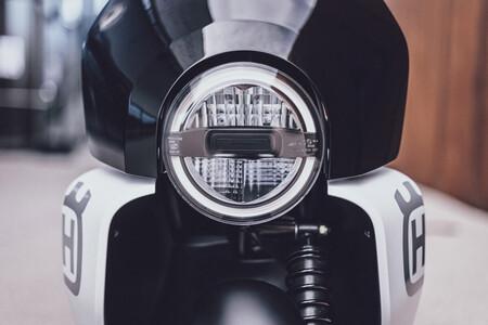 Husqvarna Vektorr Concept Scooter Electrico 2 1200x800