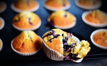 Muffins de blueberry con esencia de vainilla. Receta fácil y rápida para postre o cena