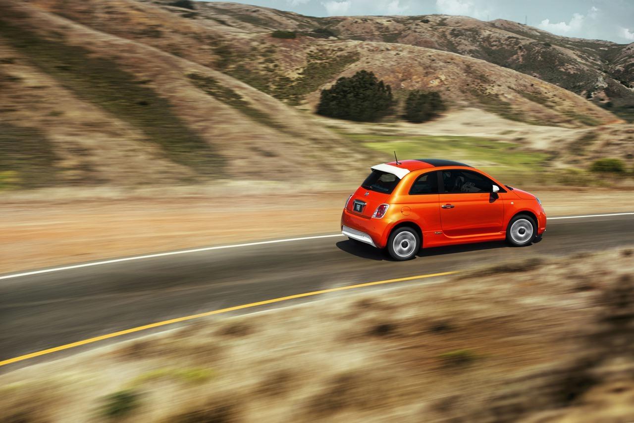 Foto de Fiat 500e (10/22)
