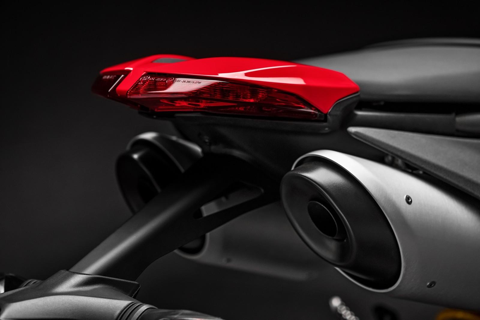 Foto de Ducati Hypermotard 950 2019 (47/76)