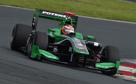 Vivimos la segunda ronda de la Super Fórmula desde el coche de James Rossiter