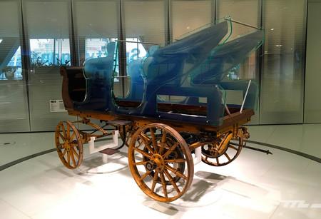 El ancestro del Porsche Taycan: así era el primer coche eléctrico diseñado por Ferdinand Porsche